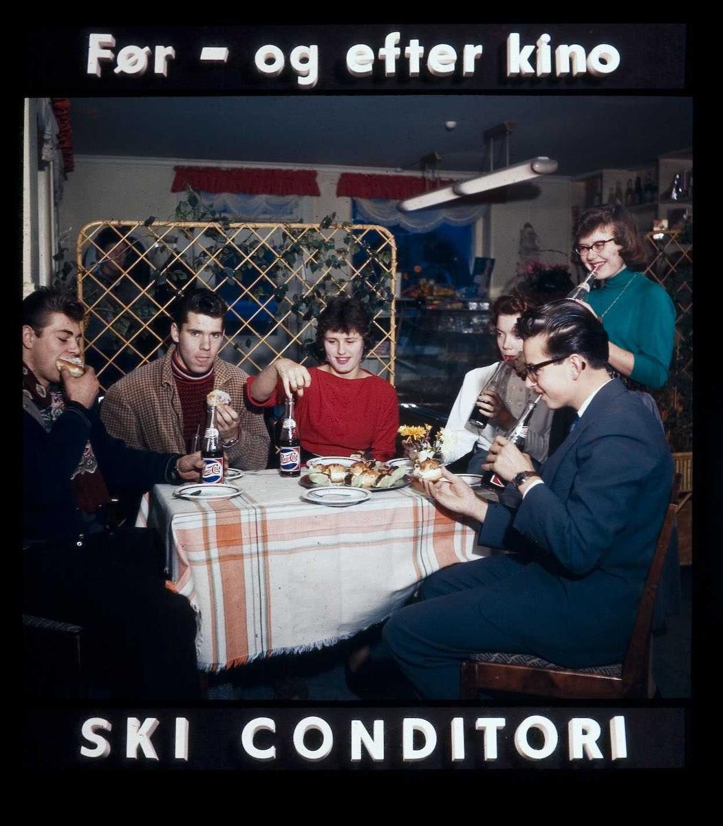 Kinoreklame fra Ski for kafebesøk. Før - og efter kino Ski Conditori.