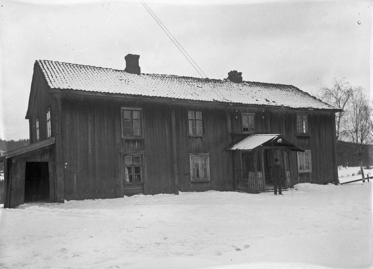 Hus 12.04.2013: Bildet er fra Våler (Nordstun) i Eidsvoll. Skrevet av: Trond Gundersen