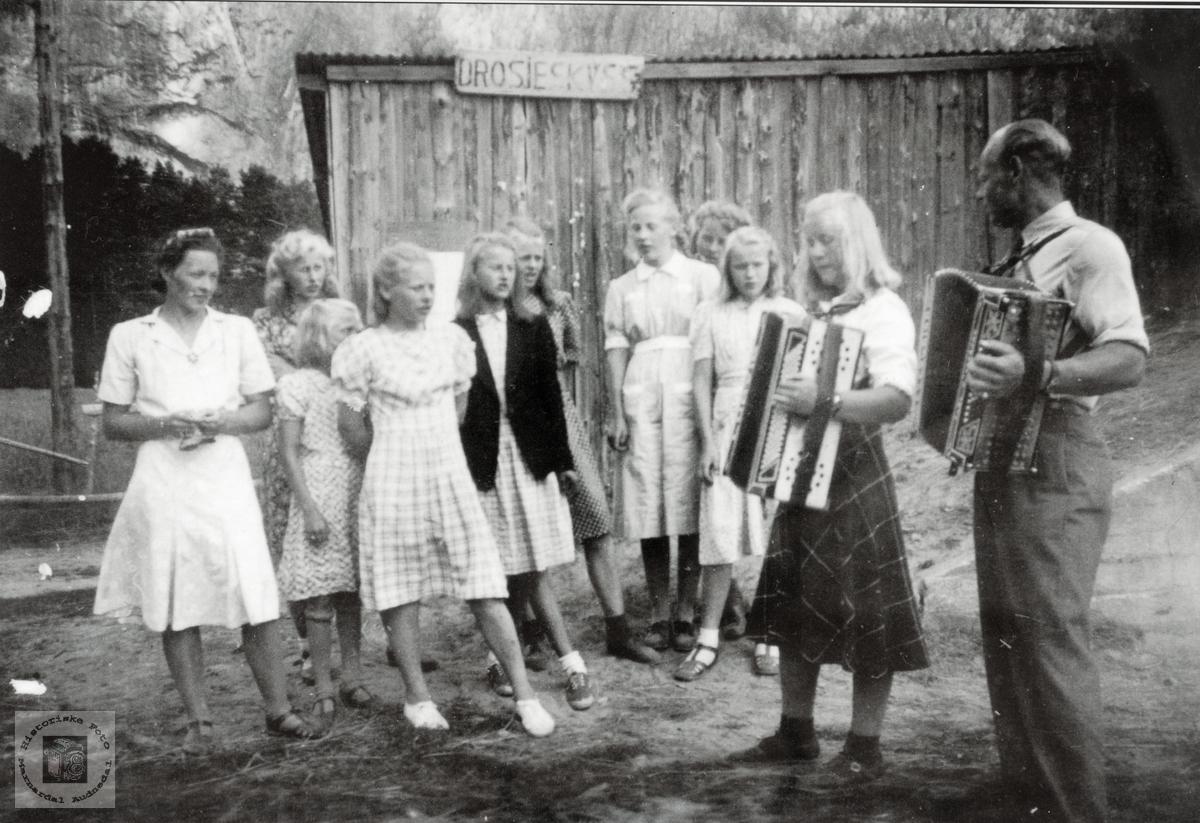 Tur med Yngres til Helle i Audnedal.