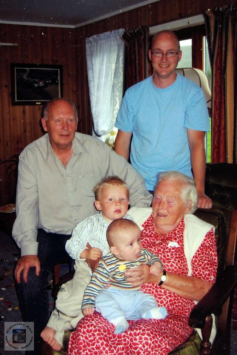 Fire generasjoner Valand. Audnedal.