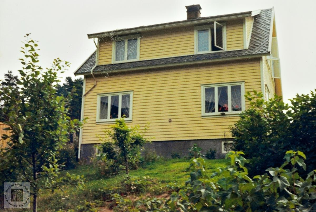 Nytt hus på ny tomt på Ubostad. Grindheim.