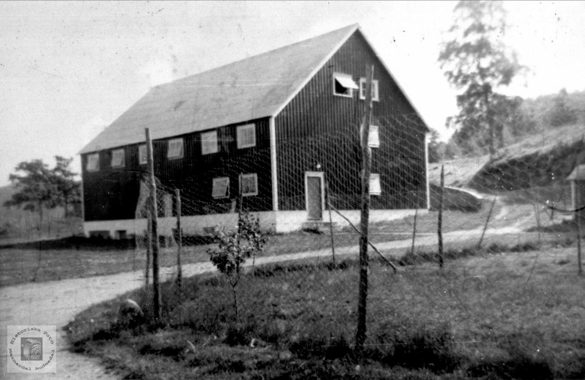 Ukjent uthus i 1950 fra Marnardal.