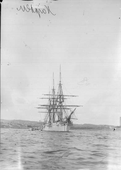 "Enligt text som medföljde bilden: ""Lysekil. Skeppet Najaden Aug 07."""