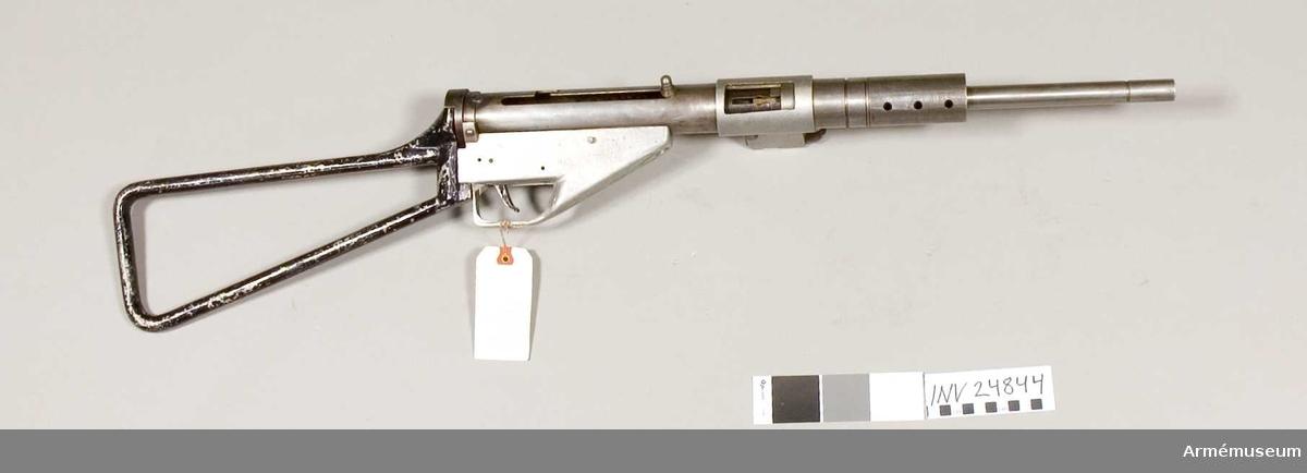 Grupp E IV. Allt utom pipan tillverkat av danska frihetskämpar, 1940-tal. Tillverkningsnummer 32.