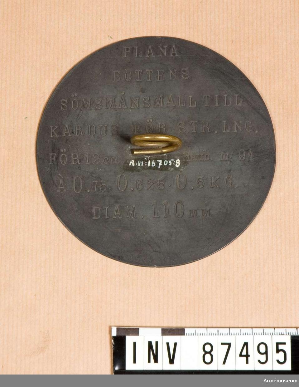 Grupp F. V. Av zink för tillskärning av tyg för karduser för 12.cm. haubitz M/.1891.