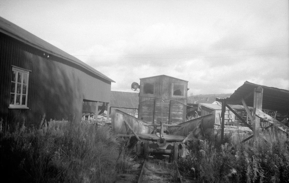Snøryddingsmateriell hensatt på verkstedområdet på Bjørkelangen.