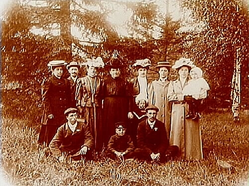 Grupp, 12 personer.Therés Wistrand