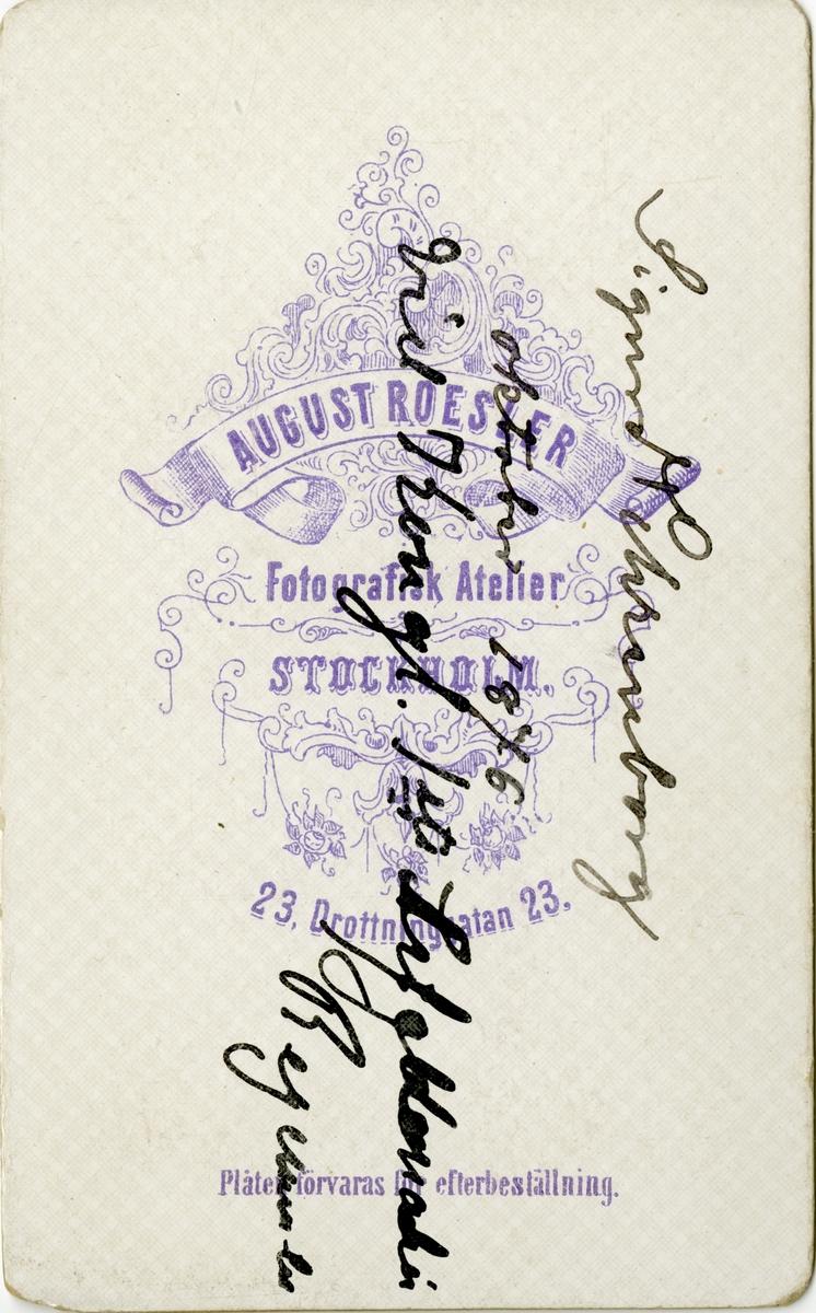 Porträtt av August Thorsten Sigurd Ehrenborg, underlöjtnant vid Första livgrenadjärregementet I 5.  Se även bild AMA.0002191, AMA.0002196, AMA.0007233 och AMA.0021783.