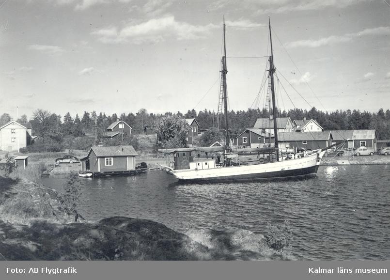 Hamnen i Klintemåla.