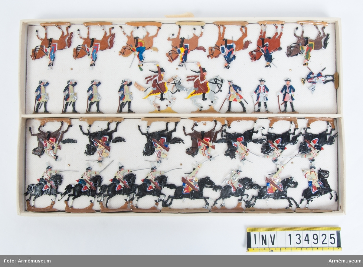 Generalstab från Preussen från sjuåriga kriget. En låda med figurer. Fabriksmålade.