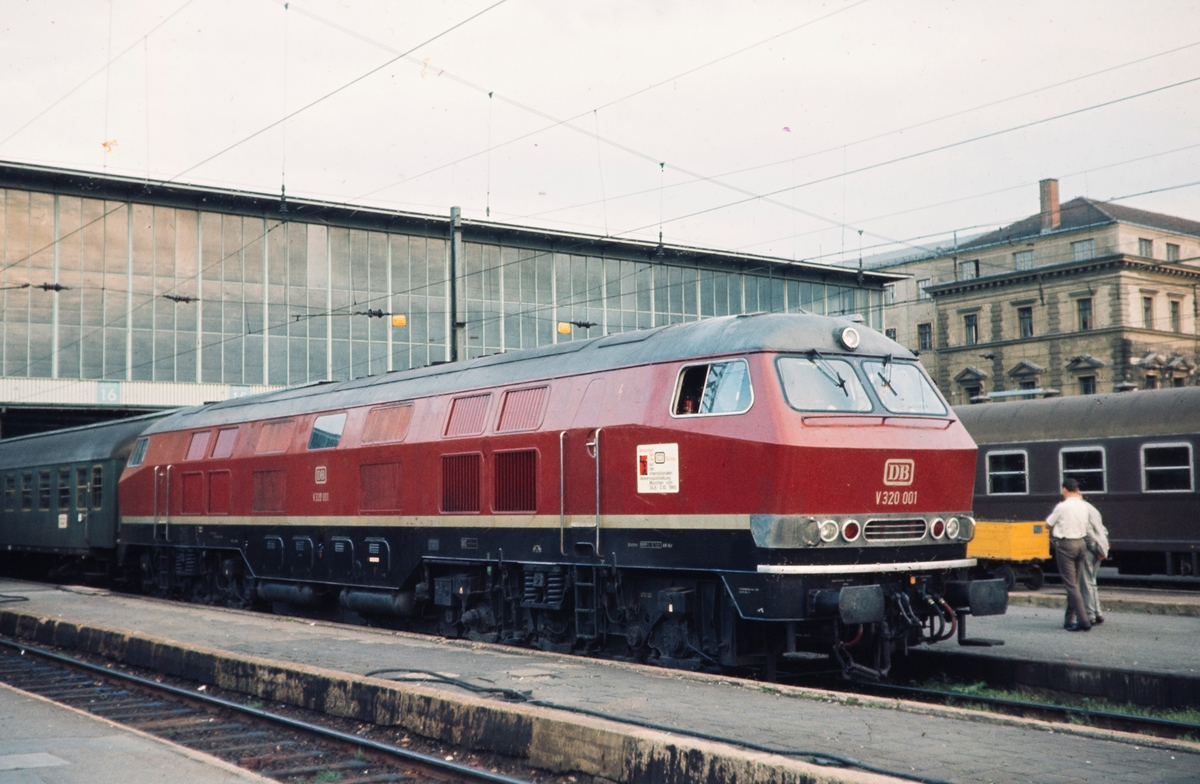 Tysk diesellokomotiv DR-Baureihe E 320.