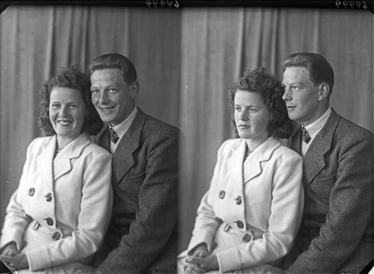 Portrett. Gruppe på to. Ung kvinne og ung mann. Bestilt av Sverre Nesheim. Nedre Vats
