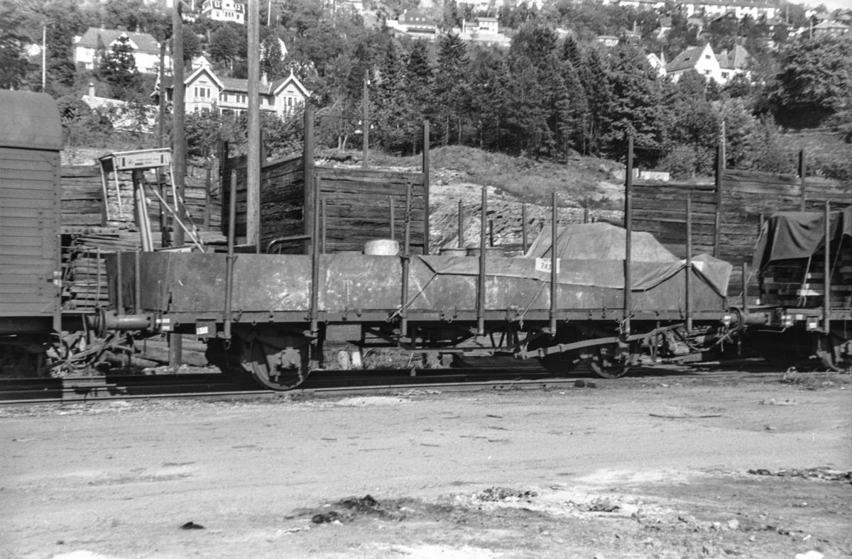 Godsvogn type Tl4 nr. 60905 på Bergen stasjon.