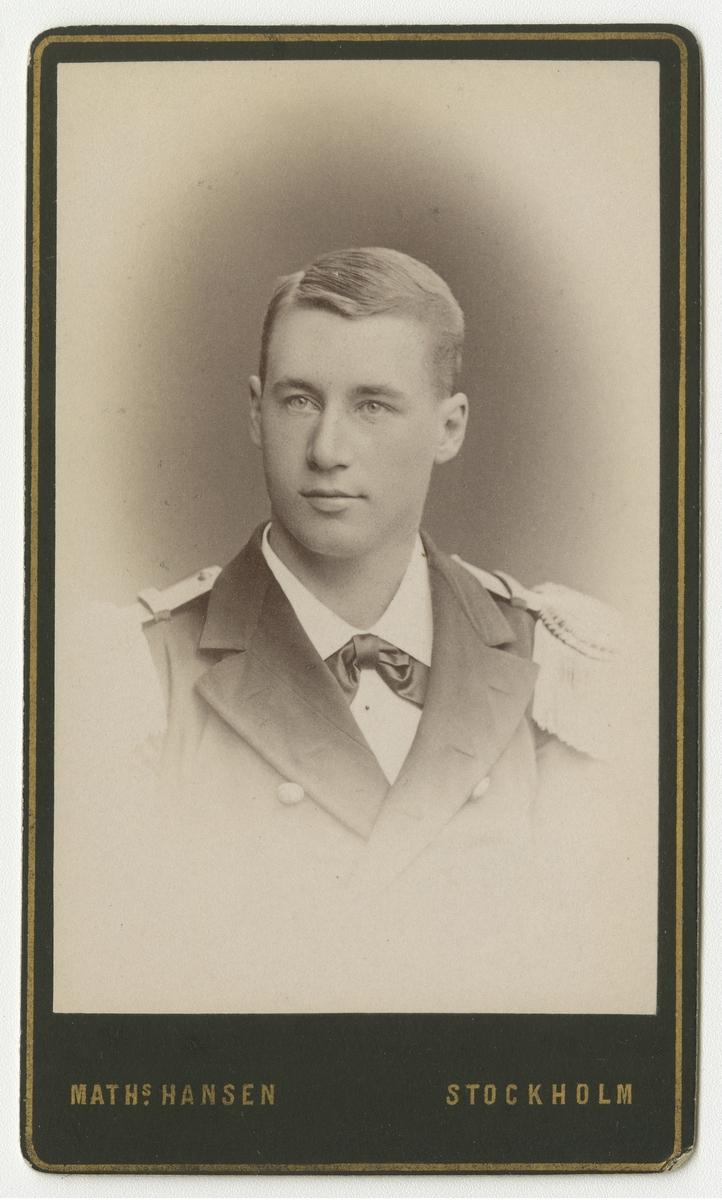 Porträtt av Gustaf af Klint, officer i Flottan.