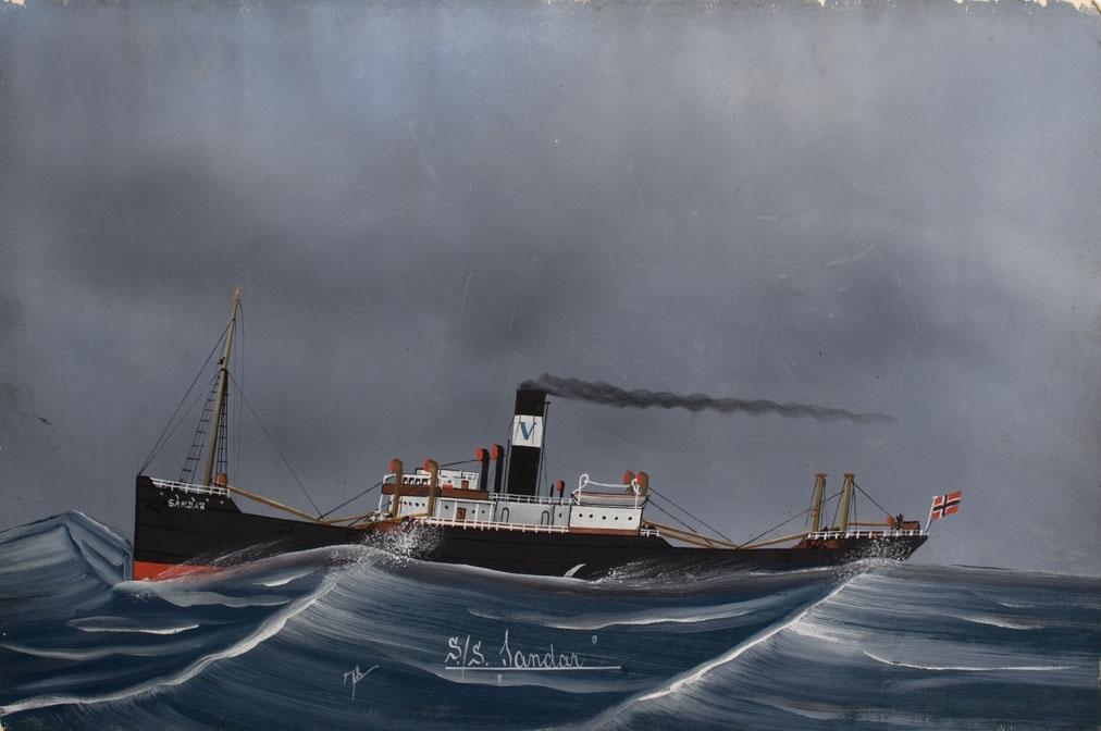 Skipsportrett av DS SANDAR under fart i åpen sjø. Norsk flagg akter.