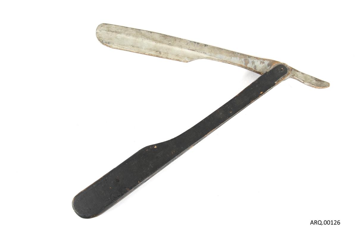 Tremodell av en barberkniv