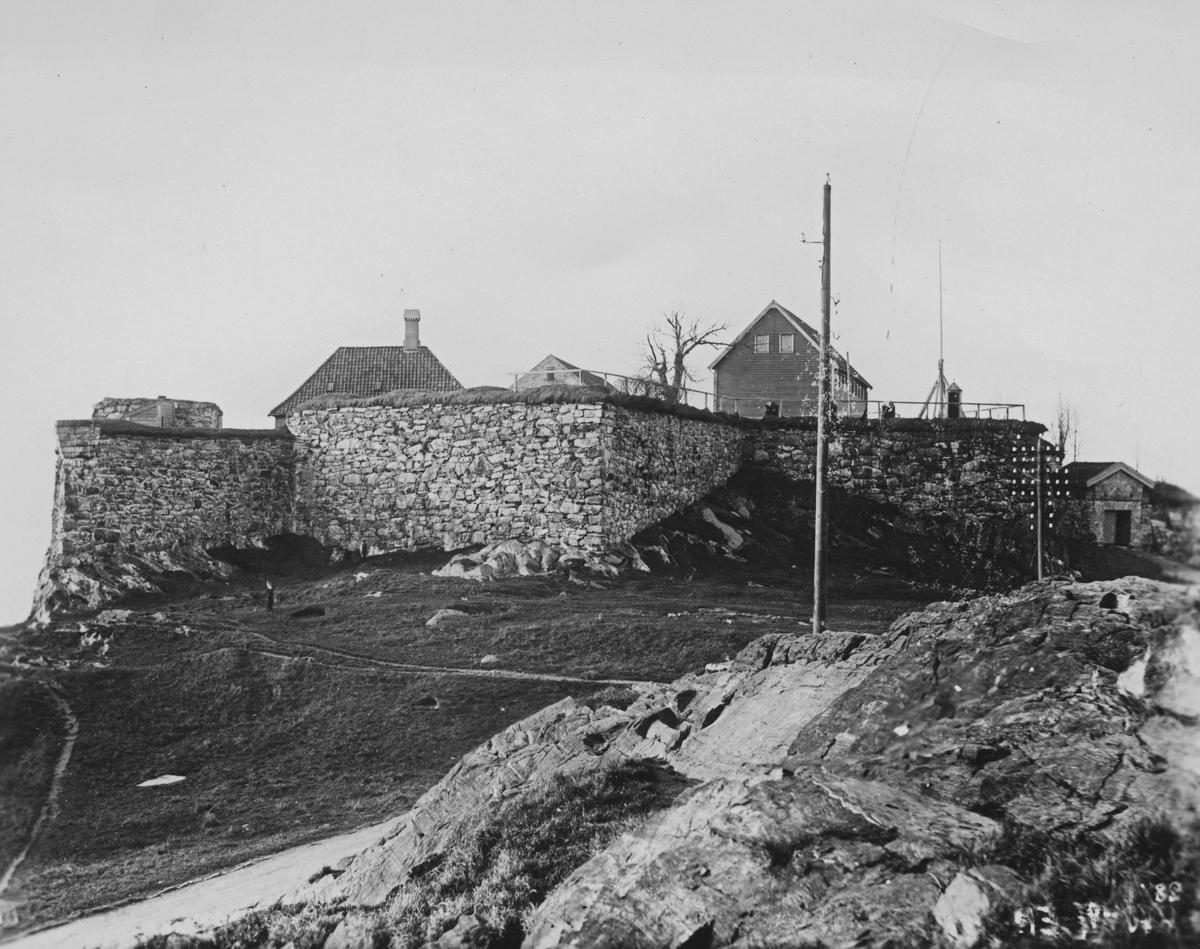 Bergen. Fredriksberg festning, 1897. Ukjent fotograf.