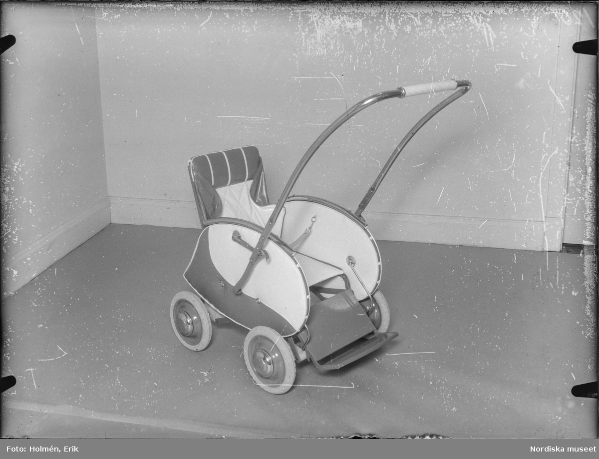 Barnvagn, 120