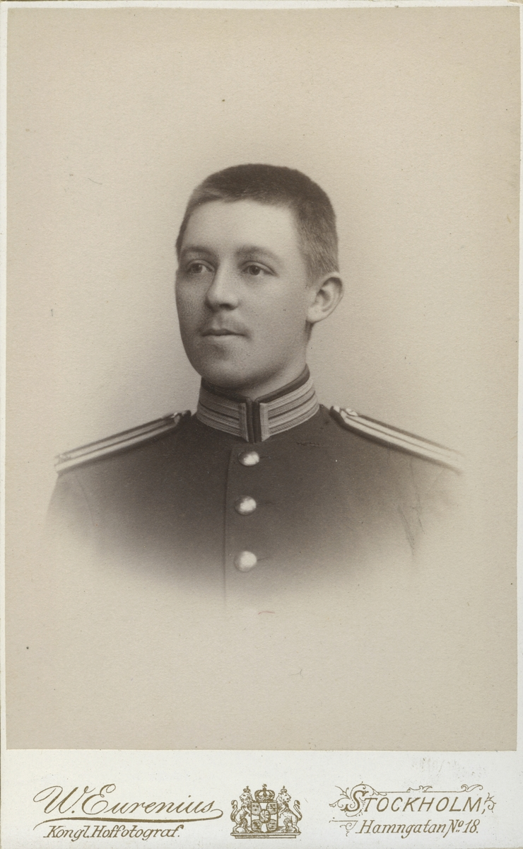 Hjalmarsson.