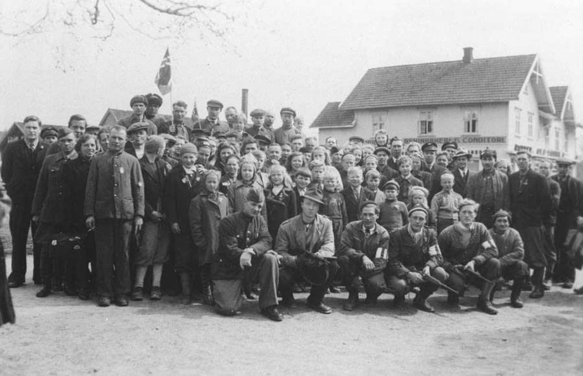 Russiske krigsfanger som ble befridd av Milorgs politistyrker.