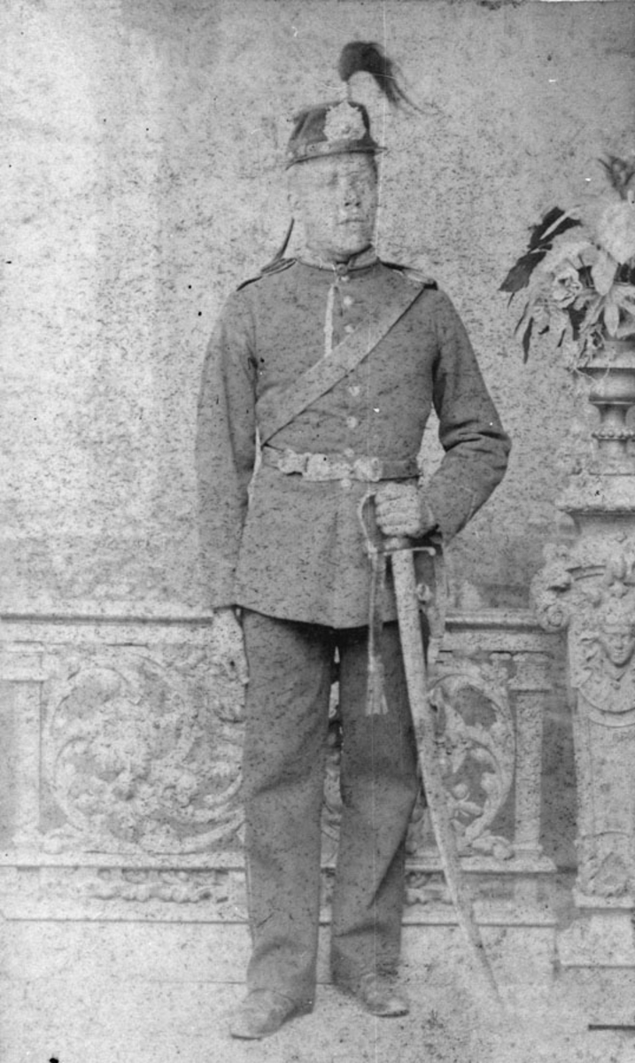 Theodor Karlsen i uniform