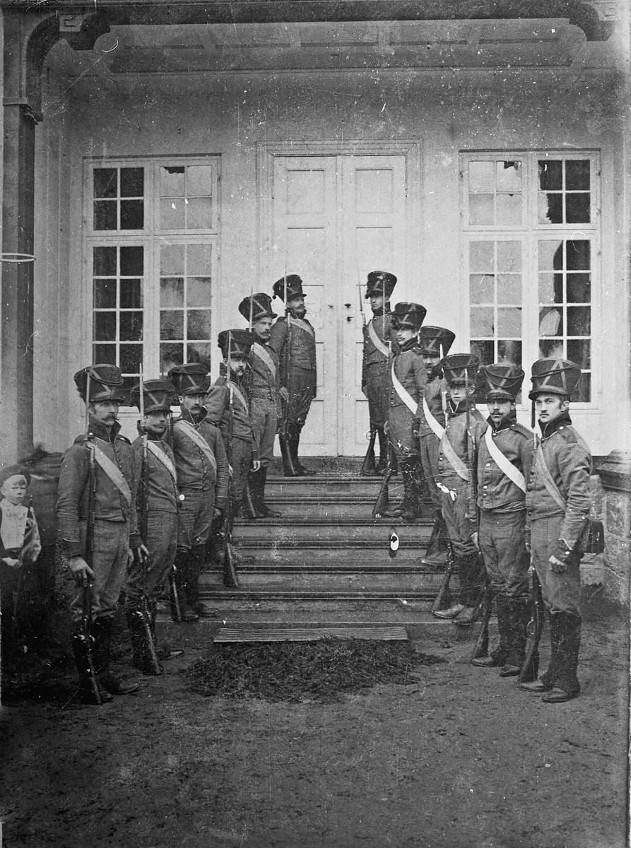 Ved Kongebesøket på Eidsvollbygningen 1906.