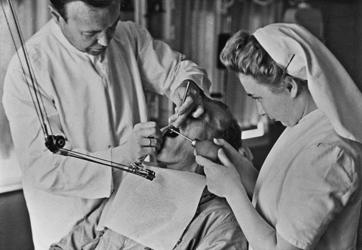 Hos tannlegen