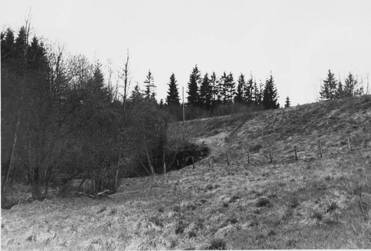 Strekningen Kvevli - Mork Stor fylling ved Jødalsbekk kulvert.