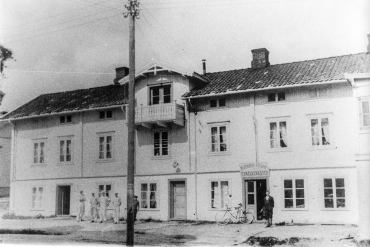 Bygning i Sundgata. Olsen Cykelverksted.
