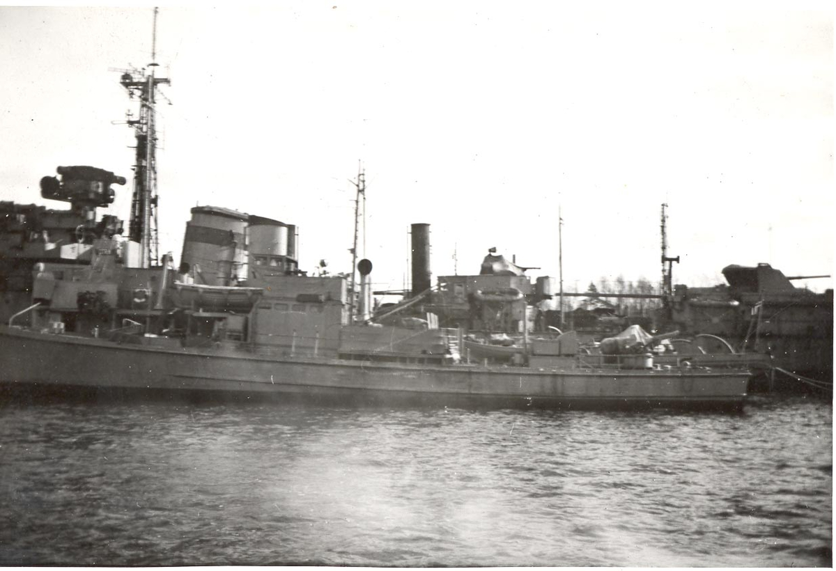 Undervannsbåtjageren Vigra.