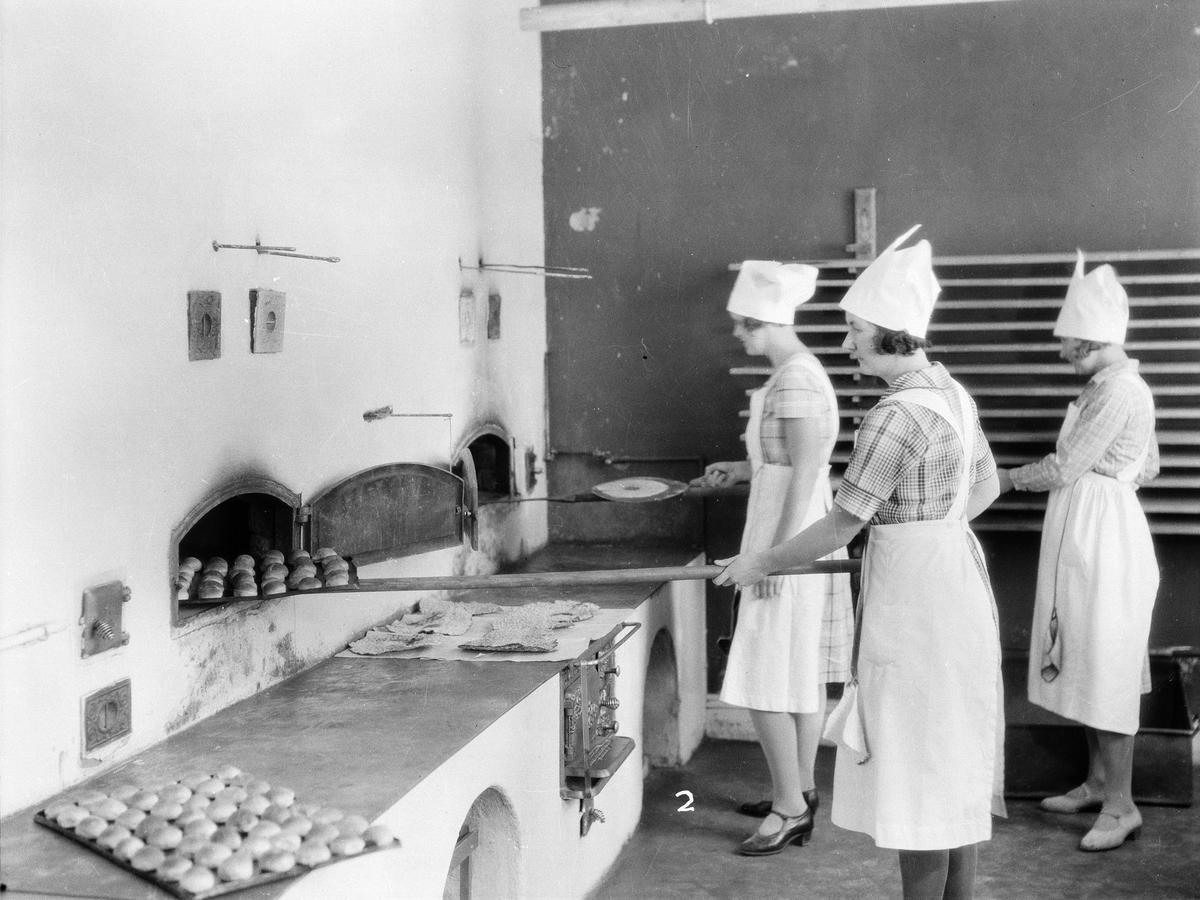 Bakning, Fackskolan för huslig ekonomi, Uppsala sannolikt på 1930-talet