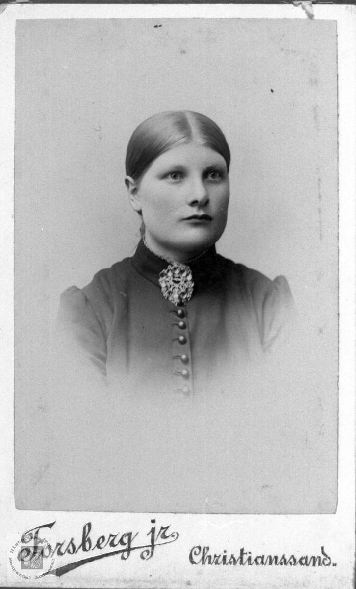 Portrett av Ingeri O. Ågedal.
