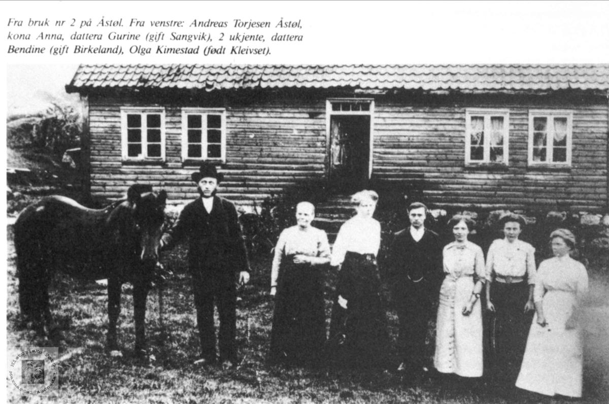 Familiegruppe Årstøl i Øyslebø.