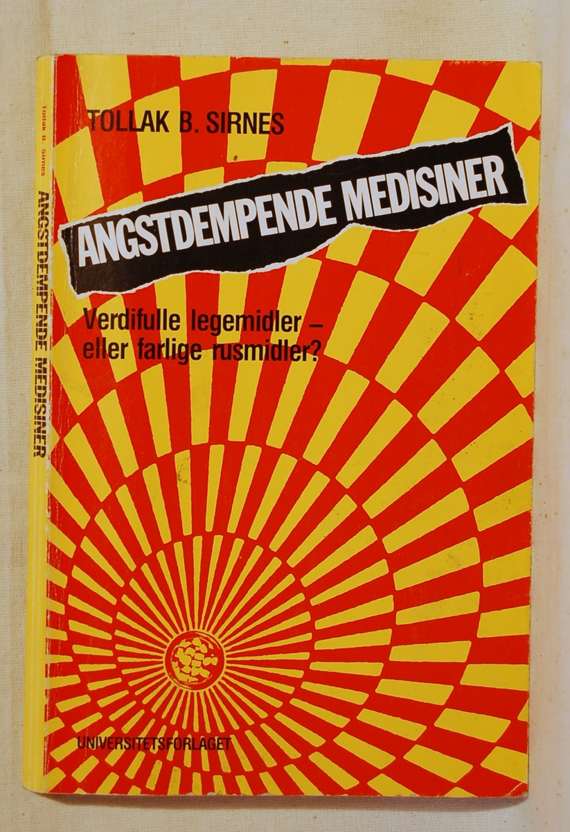 På bokens forside spiralmotiv