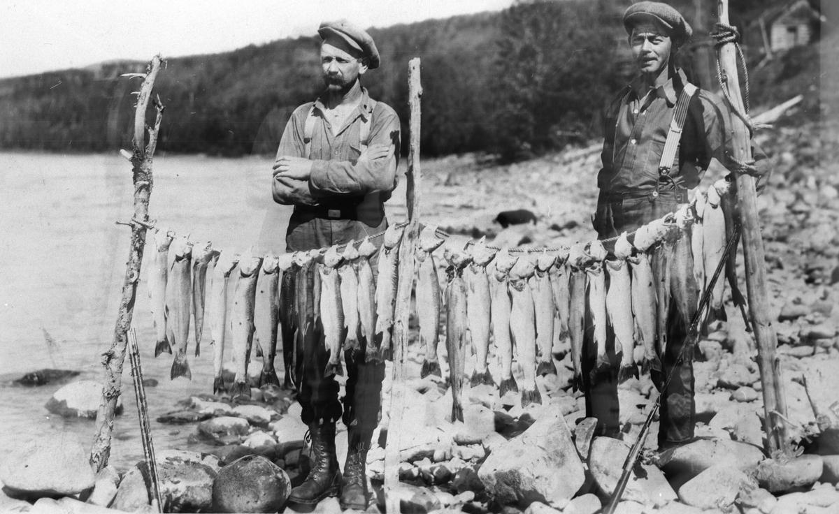 Johan Høybråten med fiskefangst.