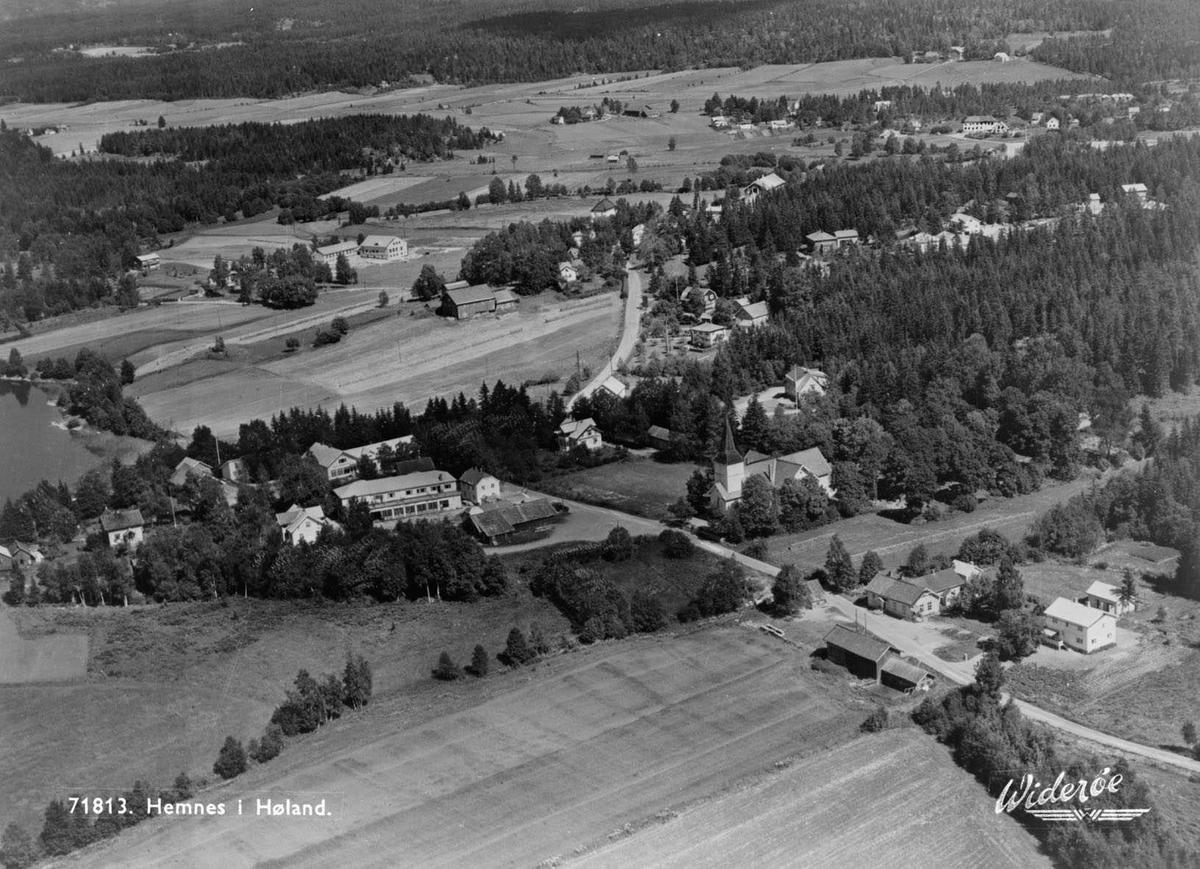 HEMNES TETTSTED Hemnes sentrum Til venstre: Wiiks bilverksted rett bak Hemnes Forbruksforening