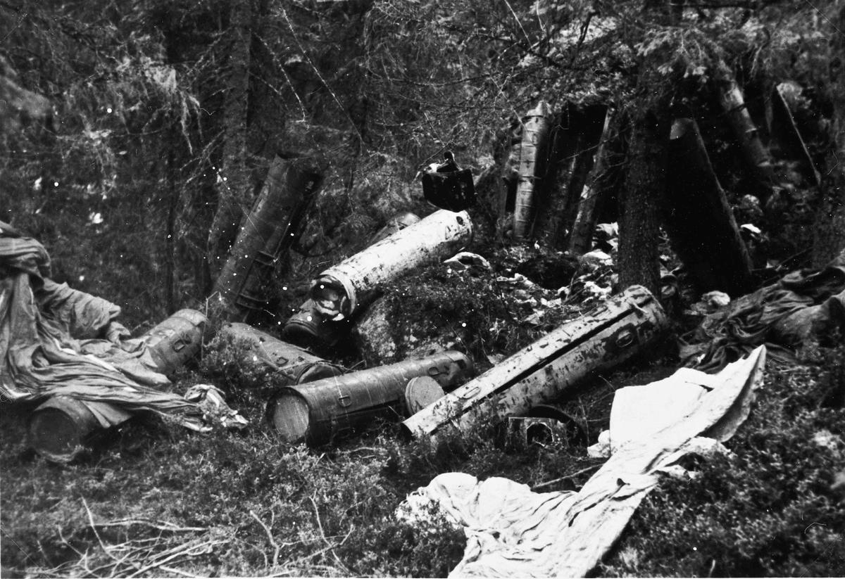 Mottak av flyslipp fra England var en nødvendighet for å skaffe hjemmestyrkene våpen og utstyr.